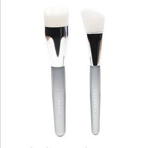 NWT Cosmedix Skincare Brush Set